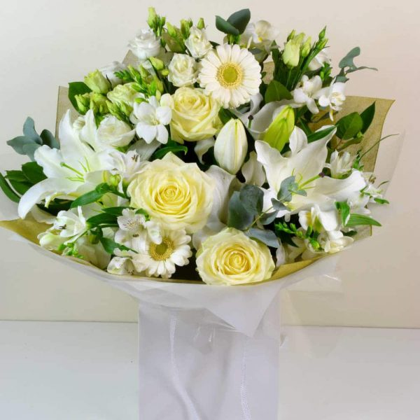 White Star bouquet of flowers